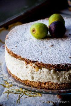 Ricotta and fig cake Italian Cake, Italian Desserts, Just Desserts, Fig Recipes, Sweet Recipes, Dessert Recipes, Fig Dessert, Fig Cake, Gateaux Cake