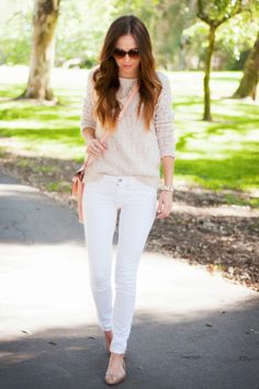 Oatmeal sweater, white jeans, blush colored bag, rose gold flats // Spring Neutrals with @Johnston & Murphy