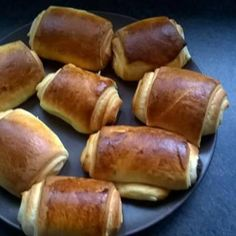 Pain au chocolat brioché Chef Recipes, Pretzel Bites, Bread, Cookies, Baking, Desserts, Club, Food, Gourmet
