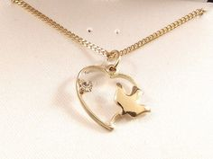 """Ladies Heart and Dove CZ Pendant Necklace-14K Gold Finish~18"""" Free Gift Box"""