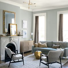 Benjamin Moore Just Released the Most Sophisticated Paint Color Of The Year. Benjamin Moore Just Released the Most Sophisticated Paint Color Of The Year - benjamin moore metropolitan swatch in living room. Small Space Living Room, Living Room Grey, Living Room Decor, Small Spaces, Small Living, Small Apartments, Modern Living, Painting Living Rooms, House Painting
