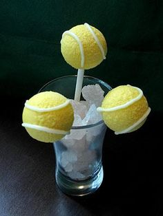 Key lime tennis ball cake pops — just in time for the U.S. Open! http://www.people.com/people/article/0,,20727724,00.html