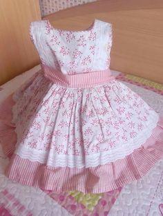Vestido de niña estampado  en blanco y rosa, Frock Patterns, Baby Girl Dress Patterns, Little Girl Dresses, Baby Dress, Girls Dresses, Frocks For Girls, Kids Frocks, Toddler Fashion, Kids Fashion