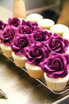 Faça seus Cupcakes com Rosas Modeladas