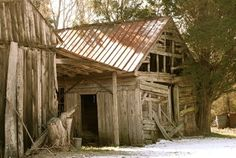 I Love Run Down Barns. They Are So Beautifully Forgotten!