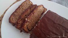 Cake au citron végétalien à la farine de sarrasin, nappé de chocolat noir (sans gluten)