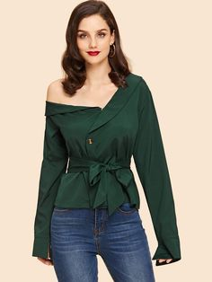 Shop Asymmetrical Neck Self Tie Waist Blouse online. SHEIN offers Asymmetrical Neck Self Tie Waist Blouse & more to fit your fashionable needs. Blusas Crop Top, Camel Style, Suit And Tie, Blouse Online, Green Fashion, Black Tie, Blouse Designs, Blouse Styles, Fashion News