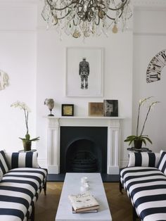 Black and white modern chic