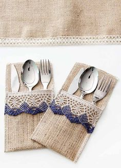 This Pin was discovered by Emi Burlap Silverware Holder, Cutlery Holder, Burlap Projects, Burlap Crafts, Home Crafts, Diy And Crafts, Sewing Crafts, Sewing Projects, Burlap Lace