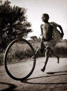 Photographed in Uganda. Through the lens of photographer David Sacks Human Memory, African Children, Precious Children, African Countries, Old Soul, We Are The World, Unique Photo, Black And White Photography, Uganda