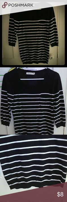 Forever 21 Crewneck Striped Sweater Forever 21 Crewneck Striped Sweater. Navy blue & white, 3/4 sleeves, pocket on front. Very minor pilling, not noticeable. Very pretty sweater. Forever 21 Sweaters Crew & Scoop Necks