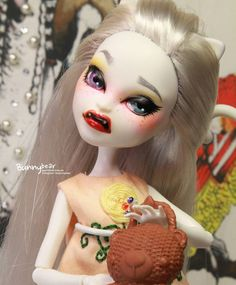 """#monsterhigh #monsterhighrepaint  #repaintdoll #repaintingdoll #ooak…"