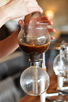 Le Falco siphon coffee / Mile End / Montreal / Quebec