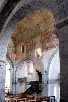 Abbatiale St-André de Valaudieu (Haute-Loire) - Nef - détail des fresques Roman, Artwork, Fresco, Work Of Art, Auguste Rodin Artwork, Artworks, Illustrators