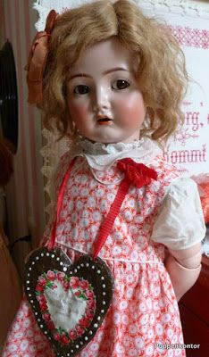 """I had a doll from Germany almost exactly like this! (RM) Puppenkontor: """"Mein beschädigter Liebling"""""""