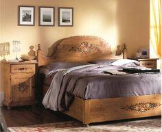 Scandola-mobili-Letto-matrimoniale-decorato