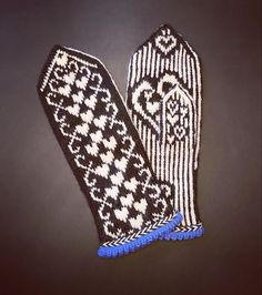 My heartbeat mittens In A Heartbeat, Mittens, Hand Knitting, Ravelry, Pattern, Fingerless Mitts, Patterns, Fingerless Mittens, Gloves