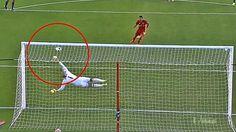 Penyelamatan Tendangan Penalti Paling Ciamik Dalam Sepak Bola