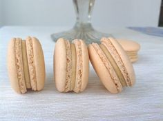 Salted caramel macarons / Makronky se slaným karamelem - My site Baking Cupcakes, Cupcake Recipes, Cupcake Cakes, Hungarian Cake, Large Cupcake, Novelty Birthday Cakes, Sweet Cooking, Pastry Brushes, Mini Cheesecakes