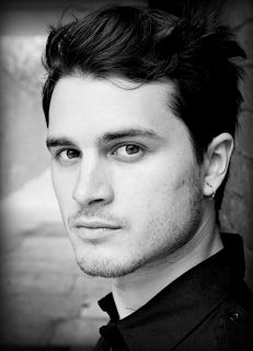 Michael Malarkey has been cast as Prince Maxon in the TV series based on the Selection by Kiera Cass.