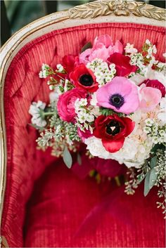 New Wedding Flowers Wildflowers Ana Rosa Ideas Red Wedding, Rustic Wedding, Red Cottage, Bridal Flowers, Shades Of Red, Color Themes, Red And Pink, Decoration, Wedding Bouquets