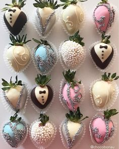 Choosing the place for your wedding ceremony can be just as important as selecting the reception location. Chocolate Coverd Strawberries, Covered Strawberries, Chocolate Covered, Wedding Bride, Wedding Ceremony, Reception, Strawberry Dip, Food Goals, Wedding Desserts