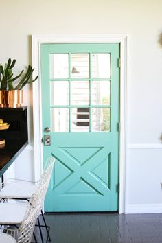 Think your interior doors are supposed to be white? Here's 11 boldly painted interior doors that will have you grabbing a paint brush! Painted Interior Doors, Painted Doors, Interior Paint, Interior And Exterior, Exterior Doors, Interior Design, The Doors, Back Doors, Teal Door