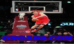 Blake Griffin in Sprite Slam Dunk Contest I Love Basketball, Basketball Pictures, Basketball Legends, Basketball Players, Basketball Moves, Slam Dunk, Michael Jordan, Jordan 23, Lebron James