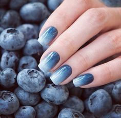 Bluberry nails