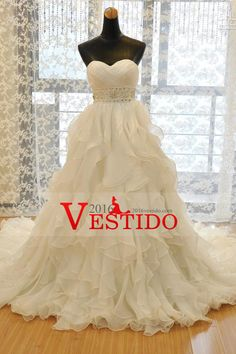 2016 Sweetheart Wedding Dress A Line Organza With Beads And Ruffles Chapel Train