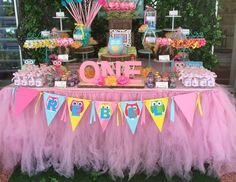 """Owls / Birthday """"Look Whoo's Turning One""""   Catch My Party"""