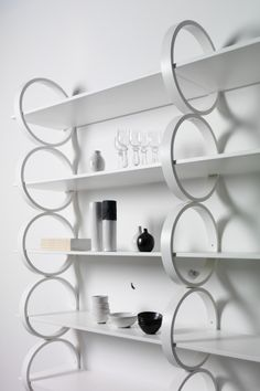 Monica Förster Design Studio, FLYING RINGS Shelwing system, Gärsnäs, 2011