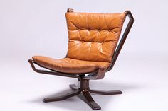 Falcon chair Sigurd Ressell ファルコンチェア シガード・レッセル   Swanky Systems
