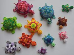 paper quilled colourful turtles