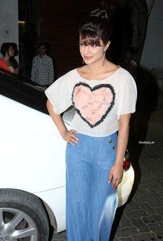 Priyanka Chopra At Film Dil Dhadakne Do Trailer Launch in Mumbai (19)