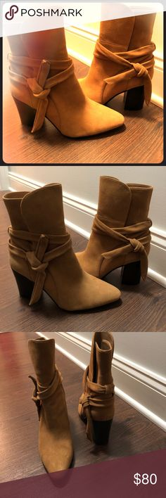 Banana Republic women's booties tan size 9 EUC Like-new (worn once!)