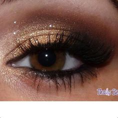 Eye makeup for brown eyes.