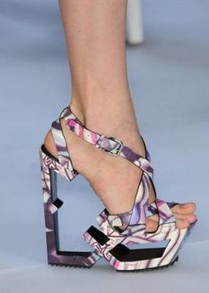 Outrageous shoes! | Love incredible shoes? Follow http://www.pinterest.com/thevioletvixen/insane-shoes-i-love-but-could-never-afford/