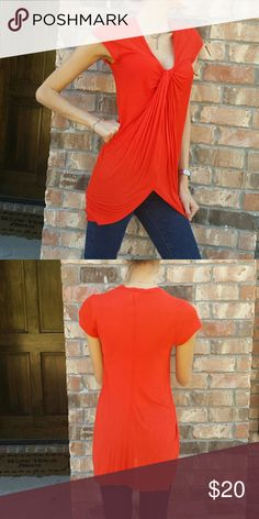 🐣 Anthropologie Tee - Color: Orange   - Gently used & in good condition left of center  Tops Tees - Short Sleeve