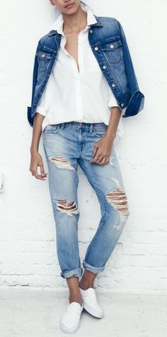 Madewell boyfriend jeans for those easy Sunday mornings.