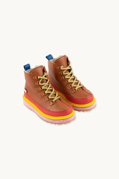 WINTER BOOTS | TINYCOTTONS US Cold Day, Winter Boots, Biodegradable Products, Soft Leather, Hiking Boots, Organic Cotton, Europe, Sandals, Brown