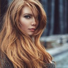 This tawny taupe, is laced with gold, amber and earthy copper hues, imbuing it with warmth, richness and natural beauty. The translucent formula is great over an even base but even more enticing when applied over hair that has some dimension, which will show through the sheer, multi-tonal formula.