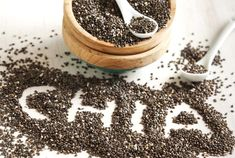 Chia seeds are rich in protein, fatty acid, calcium, minerals and fatty acid. Chia seeds maintain the nutrients balance in pregnant women. Chia Benefits, Health Benefits, Superfood, Salvia Hispanica, How To Thicken Sauce, American Diet, High Fiber Foods, Rich In Protein, Eating Raw