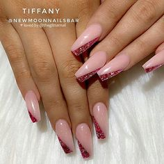 1 or ❤️ Please swipe! Glitter Side-French - which one would you choose? Pink Acrylic Nails, Gold Nails, Acrylic Nail Designs, Glitter French Nails, Dipped Nails, Fire Nails, Stylish Nails, Nail Trends, Halloween Nails