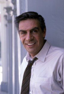 Jerry Orbach (attended): Law and Order, Dirty Dancing; Won a Screen Actors Guild Award; was nominated for 3 Tony Awards and won one; was nominated for 3 Emmy Awards Famous Men, Famous Faces, Famous People, Hollywood Stars, Classic Hollywood, Hollywood Icons, Jerry Orbach, Tv Star, Detective