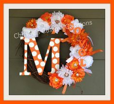 I HAVE TO GET THIS!!! 18 Tennessee Vols Football Initial Wreath