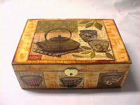ABruxinhaCoisasGirasdaCarmita: Caixa para o chá