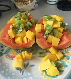 Papaya, kiwi and mangoes. . I came across this on instagram.. it looks wonderful  to have for breakfast or just a healthy snack