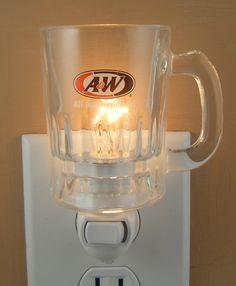 A&W Night light found on ebay All American Food, Rockabilly Art, A&w Root Beer, Bachelorette Pad, Barn Doors, Night Light, Man Cave, Nostalgia, Ships