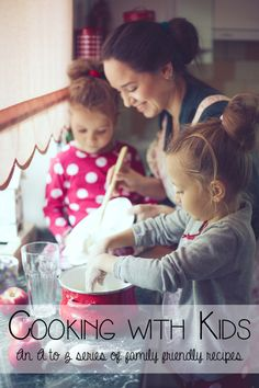 Cooking with Kids. Get your kids in the kitchen with these 30 easy recipes. Super simple recipes that your kids can make themselves. Also great first-time recipes for cooking with toddlers. Recipes Kids Can Make, Easy Meals For Kids, Toddler Meals, Kids Meals, Family Recipes, Kitchen Recipes, Simple Recipes For Kids, Recepies For Kids, Kids Cooking Recipes Easy